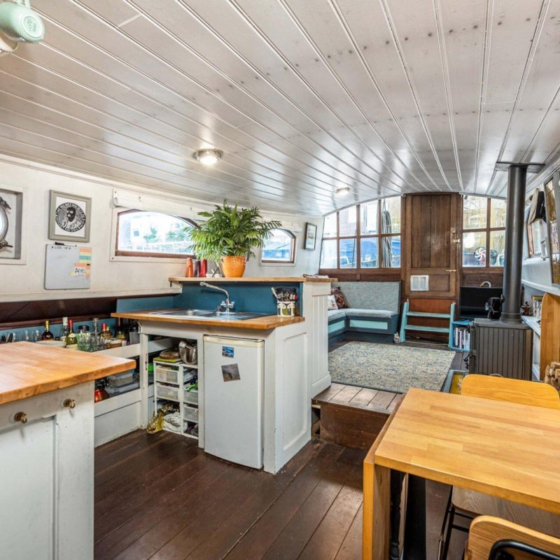 Boat for sale london residential mooring